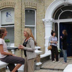 İngiltere'de Tıp İngilizcesi Kursları – Regent Brighton Dil Okulu